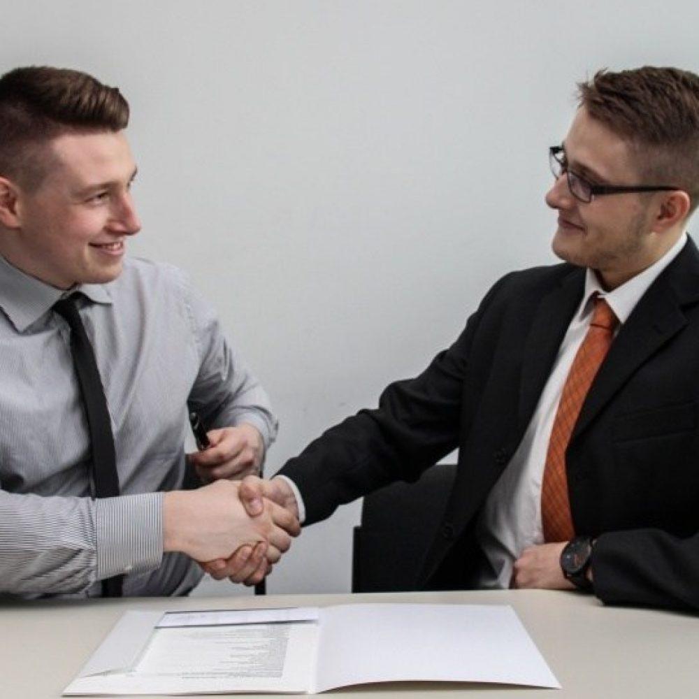 8 Tips Menjawab & Menghadapi Pertanyaan Interview Kerja Dengan Mudah BAGI PEMULA