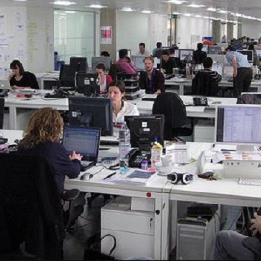 Ilustrasi suasana kerja di kantor (Foto: Google/Contrarie)