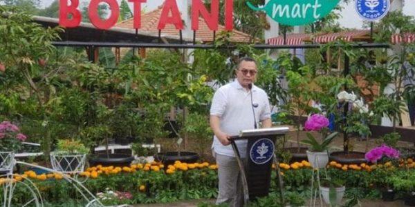 Rektor IPB Arif Satria memberikan sambutan dalam pembukaan Botani Mart di IPB Bogor. (Dok. istimewa)