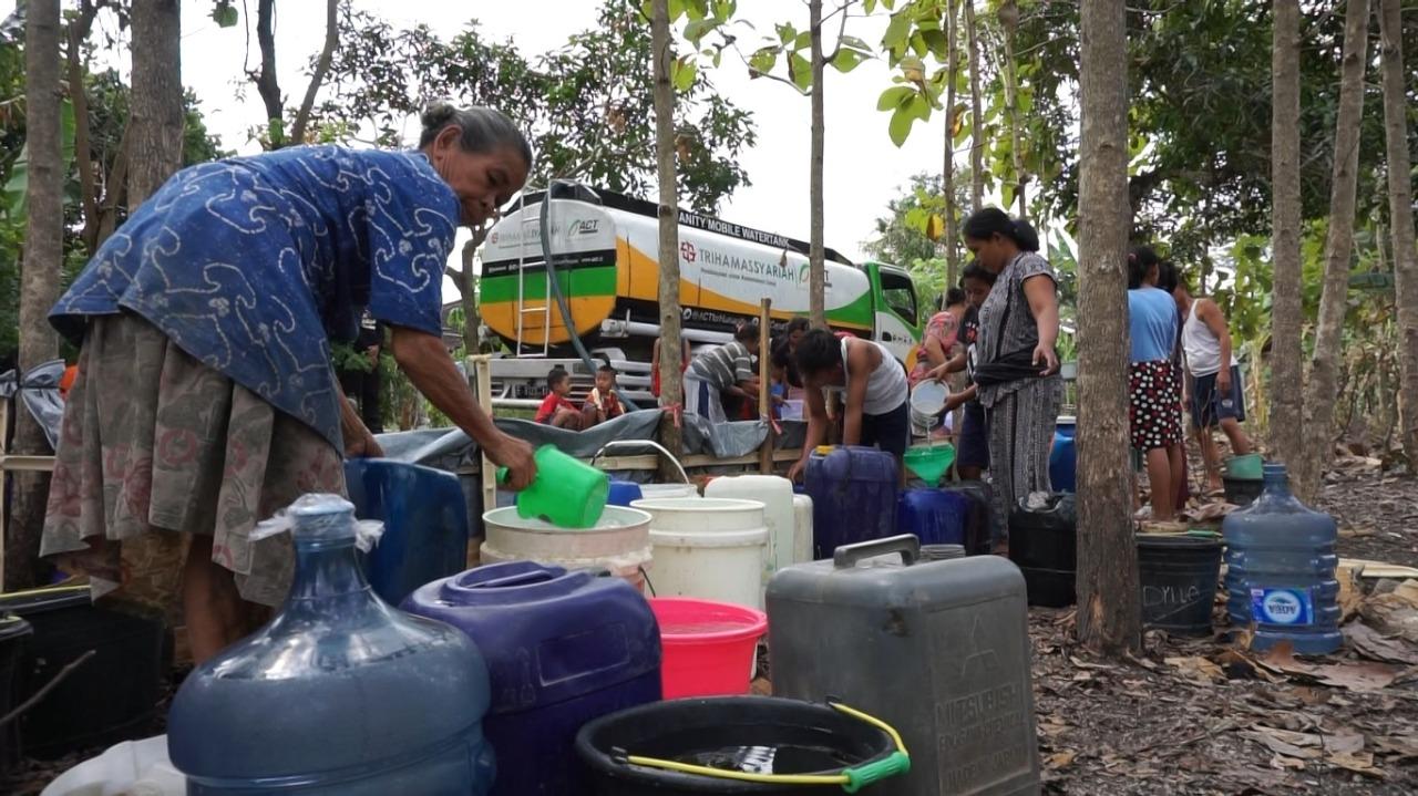 Kering Kerontang, ACT Droping Air Bersih di Wonosegoro, Boyolali