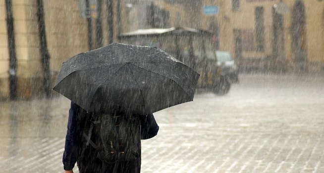 Ilustrasi hujan (Foto: Pixabay)