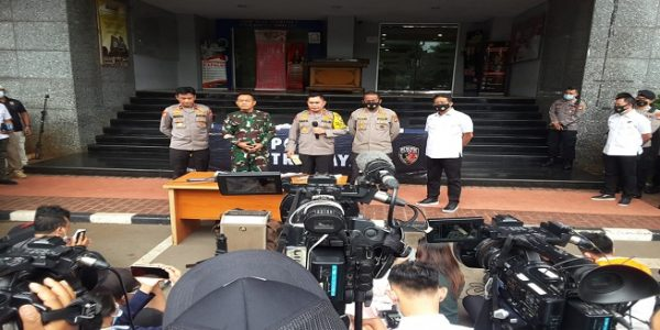 Kapolda Metro Jaya, Irjen Fadil Imran menggelar konferensi pers di Mapolda Metro Jaya, Senin (07/12/2020). (Dok. Istimewa)