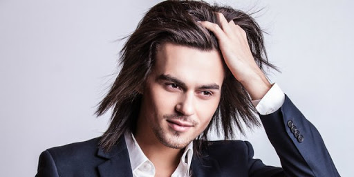 6 Cara Cepat Memanjangkan Rambut Yang Bisa Kalian Praktekan