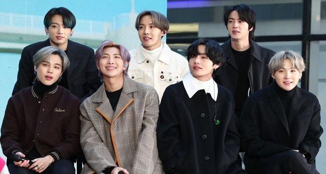 BTS menjadi salah satu band terbesar di dunia dengan banyak fans (Foto: BBC/Getty Images)