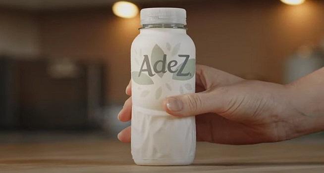 Coca-Cola mulai melakukan uji coba produk minuman dalam kemasan botol kertas (Foto: BBC/Coca-Cola)