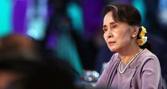 Pemimpin Myanmar yang digulingkan Aung San Suu Kyi didakwa melanggar undang-undang (UU) rahasia negara (Foto: BBC/Getty Images)