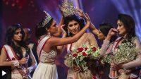 Mahkota ratu kecantikan Mrs Sri Lanka Pushpika De Silva dicopot usai pengumuman hasil pemenang ajang kontes kecantikan, Minggu (04/04/2021) malam. (Dok. BBC)