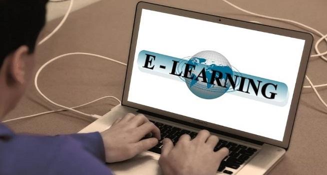 Ilustrasi belajar secara online (Foto: Pixabay/geralt)