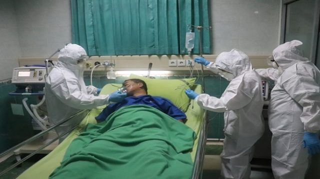 Ilustrasi perawatan pasien Covid-19 di rumah sakit (Foto: Pixabay/Mufid Majnun)