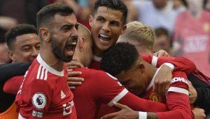 Pemain Manchester United merayakan gol yang dicetak Ronaldo melawan Newcastle, 11 September 2021